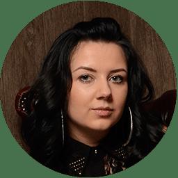 Greta Bradea co owner Scalp mates clinic scalp micropigmentation in birmingham uk